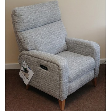 SHOWROOM CLEARANCE ITEM - Celebrity Furniture Oakham Rechargeble Power Recliner