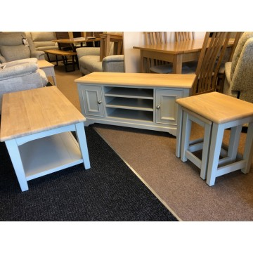 SHOWROOM CLEARANCE ITEM - 3 Piece Charltons Furniture Somerdale Sale Set - TV cabinet, nest & coffee table!!