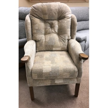 SHOWROOM CLEARANCE ITEM - Cintique Eton Wing Chair