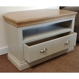 SHOWROOM CLEARANCE ITEM - Devonshire Lundy Corner TV Cabinet