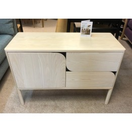 SHOWROOM CLEARANCE ITEM - Ercol Furniture Verso 4260 Small Sideboard