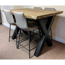 SHOWROOM CLEARANCE ITEM - Habufa Bar Table and 4 Davy Bar Stools