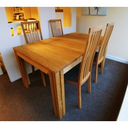 SHOWROOM CLEARANCE ITEM - Skovby  SM23 Dining Table with Four SM95 chairs - Solid Oak Natural Oil Finish - Extends to over 3 meters.