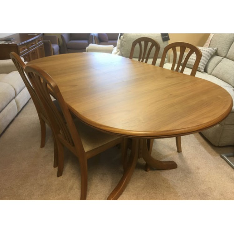 Trafalgar Dining Table And Chair