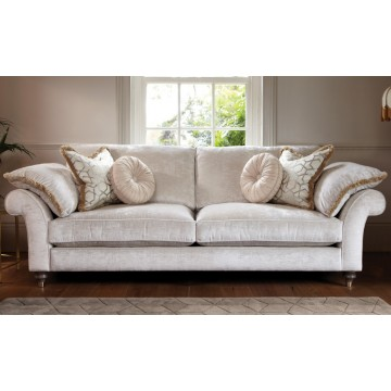 Duresta Harvard Medium Sofa - FREE FOOTSTOOL OFFER UNTIL 1st MARCH 2021 - CALL US FOR DETAILS.