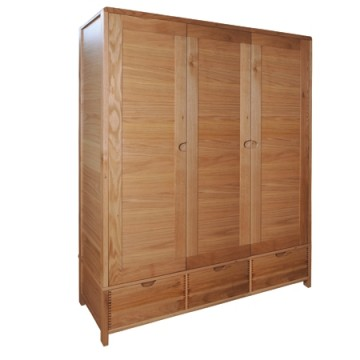 Ercol Bosco 1366 Three Door Wardrobe