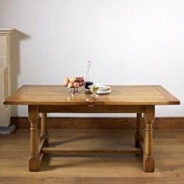 Old Charm Chatsworth CT2873 Extending Dining Table