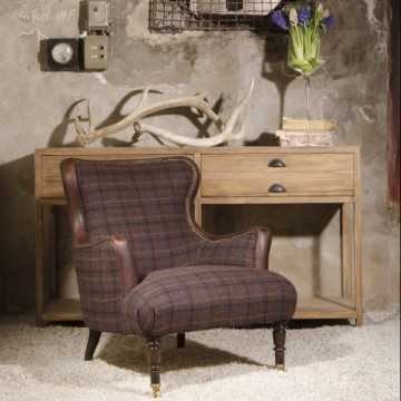 Tetrad Nairn Chair