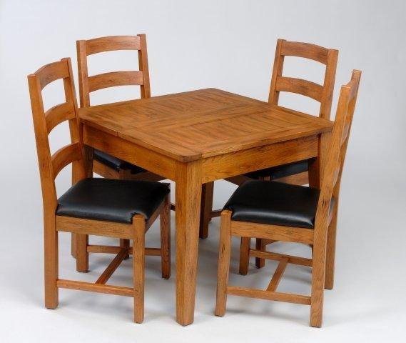Dining table small oak dining table chairs for Small kitchen table with 4 chairs